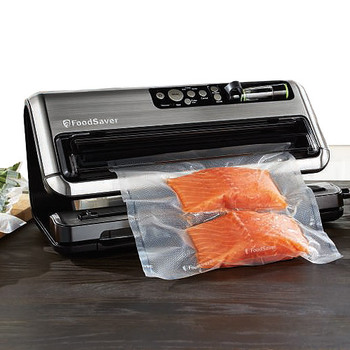 Costco Deal Foodsaver 2 In 1 Vacuum Sealing System 30 Off