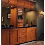 Home depot deal shown kraftmaid hayward cherry door for Cinnamon cherry kitchen cabinets
